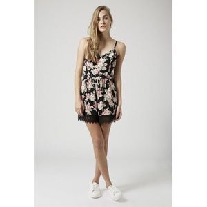 Topshop Rose print lace play suit in black size 4